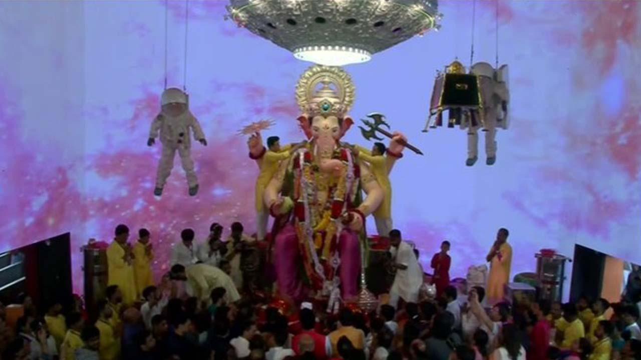 ಕೊರೊನಾ ಕಾಟ.. ಈ ಬಾರಿ 'ಗಣಪತಿ ಬಪ್ಪ ಮೋರೆಯಾ' ಮಾರ್ದನಿ ಇಲ್ಲ!
