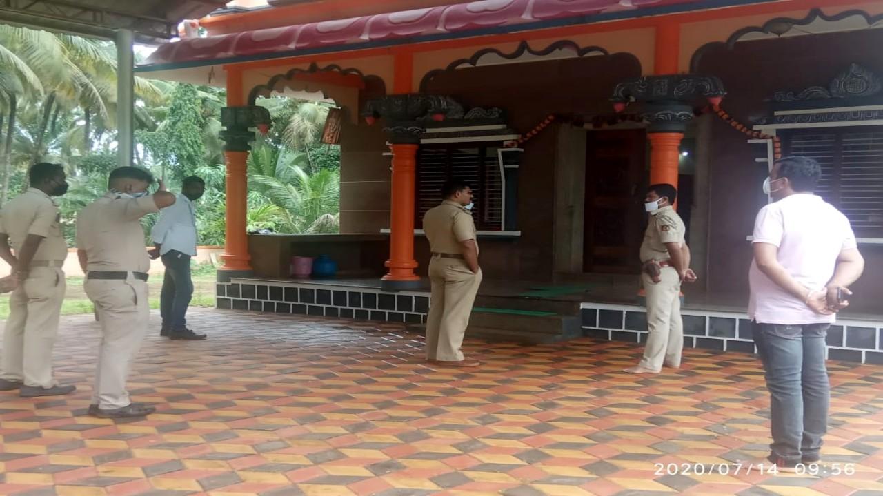 ದೇವಸ್ಥಾನದ ಹುಂಡಿ ಲೂಟಿ, CCTV ಯಲ್ಲಿ ಸೆರೆಯಾಗಿದೆ ಕಳ್ಳನ ಕರಾಮತ್ತು